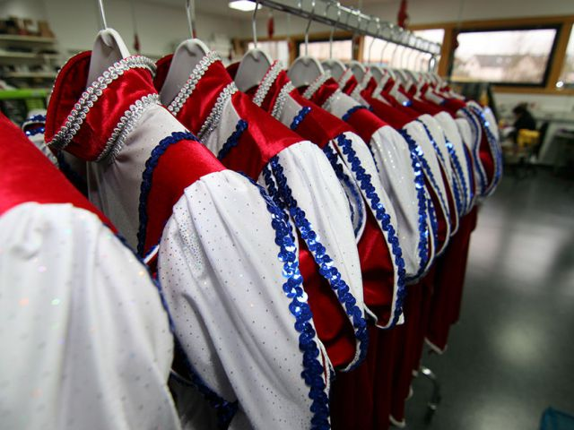 Gardeuniformen warten auf die Anprobe